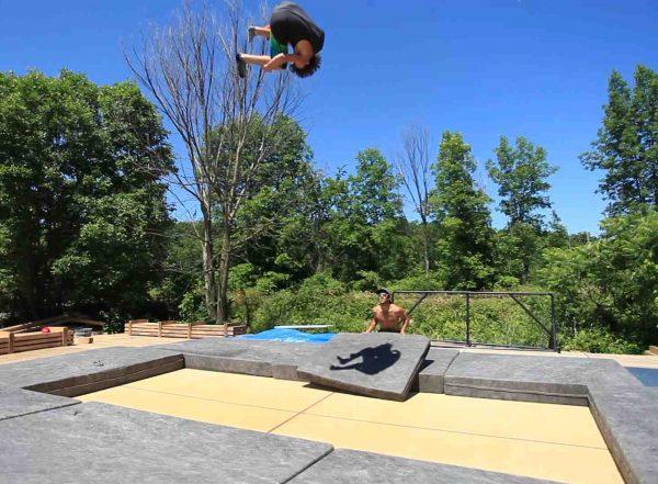 Super Tramp - outdoors Max H 2012